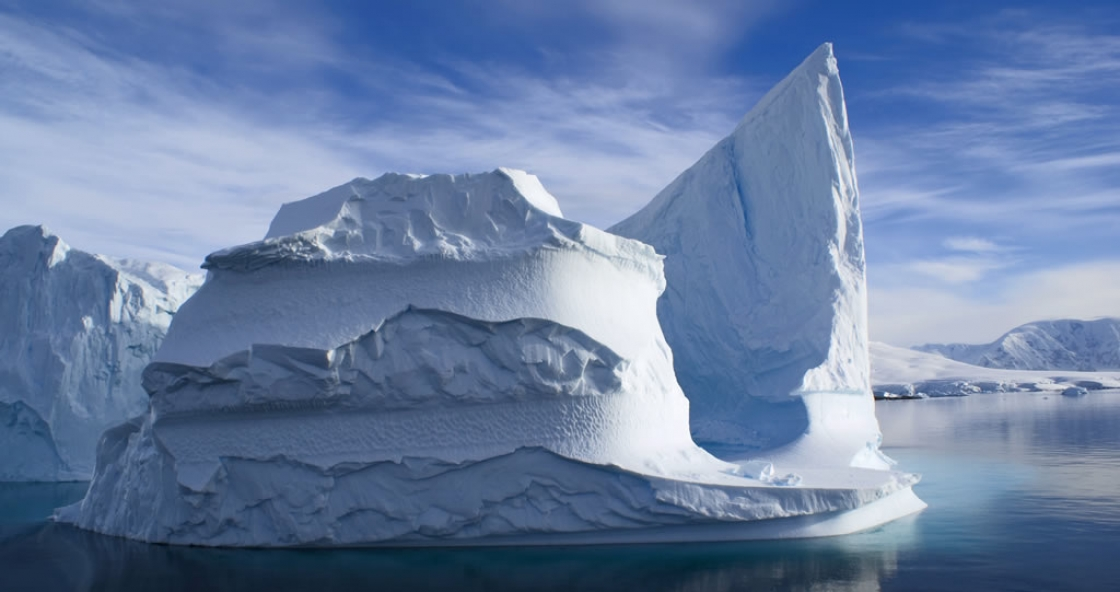 08 – Iceberg – Yalour Island -Antarctica